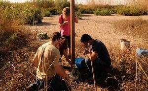'Libera' apadrina dos proyectos ambientales en la Ribera de la Algaida y Punta Entinas