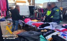 Operación en Roquetas de Mar por la falsificación de ropa de marca