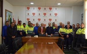 Trabajadores municipales de Vícar reciben sus carnés para el Transporte de Mercancías