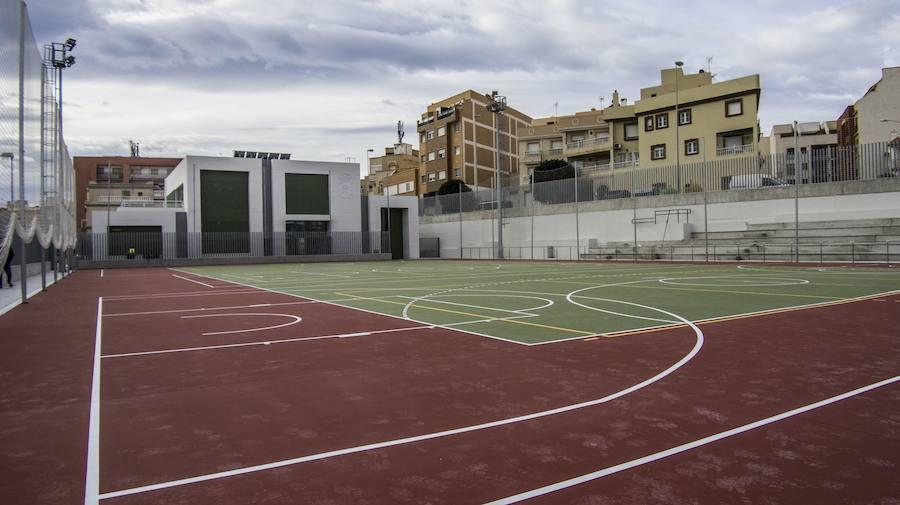 El Puerto recupera sus pistas con la apertura de la Instalación Deportiva Eva Lara