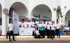 Una veintena de voluntarios declara la guerra a las artes de pesca abandonadas o perdidas