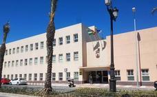 Amat anuncia un nuevo edificio de Servicios Sociales que sustituirá al cedido para cuartel