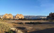 El Ayuntamiento inicia el proceso de cesión de la parcela para el futuro IES de Las Salinas