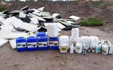 Envases de químicos, basuras y restos de todo tipo siguen apareciendo en la Algaida