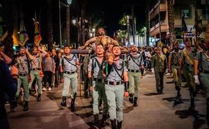 La Legión vuelve a triunfar en la Semana Santa roquetera
