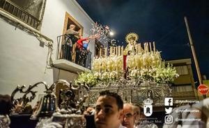 Las procesiones roqueteras escaparon de la lluvia y se celebraron con gran vistosidad