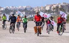 Las bicicletas entran en la campaña de Roquetas
