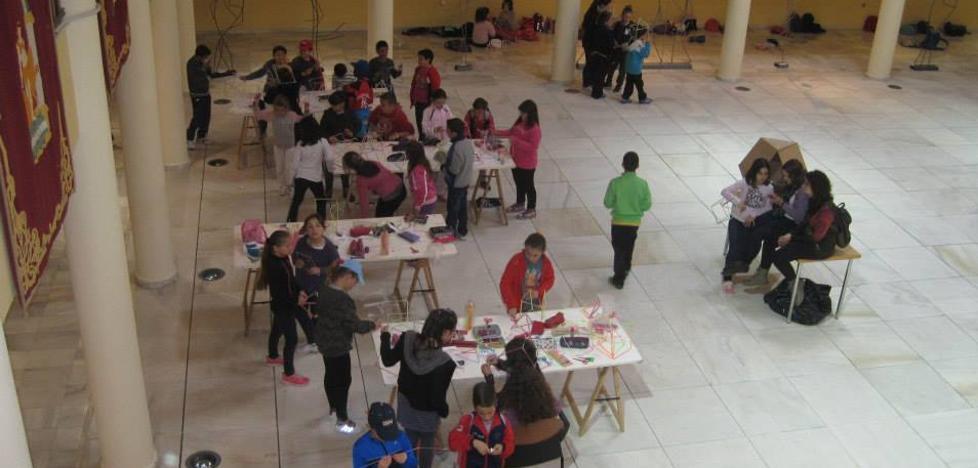 El Castillo de Santa Ana se llena de talleres para toda la familia y visitas guiadas en estas vacaciones