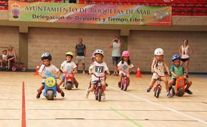 Las carreras de triciclos y gateos protagonizan hoy la segunda jornada de las 100 Horas