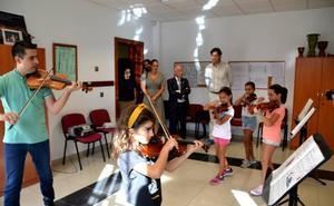 La Escuela de Música, Danza y Teatro cumple dos décadas con más de un millar de alumnos