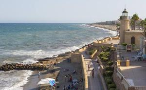 Roquetas renueva su certificación como Municipio Turístico de Andalucía