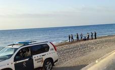 Aparece un cadáver en la playa de La Ventilla de Roquetas