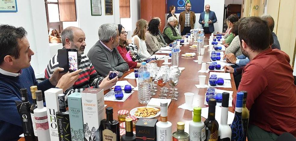 Curso de sumillería de aceites destinado a profesionales del turismo y la hostelería
