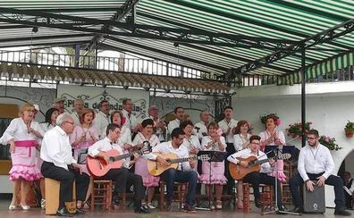 El coro Romeros de Santiago de Úbeda actuó en el Tívoli World de Benalmádena