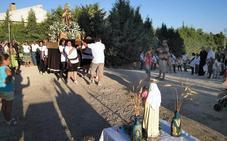 El residencial El Campillo recupera sus fiestas en honor a la Virgen del Carmen