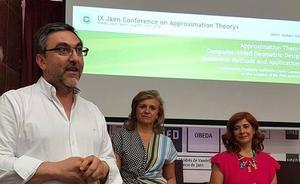 Matemáticos de veinte países participaron en Úbeda en un encuentro sobre la teoría de la aproximación