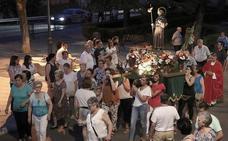 Procesión de la imagen de Santiago Apóstol por el barrio de la Puerta del Sol