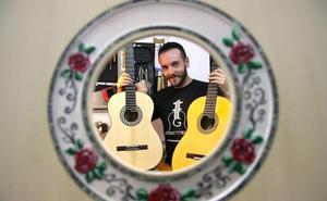 'Chorobo' traslada el arte de la guitarra flamenca hasta Colorado