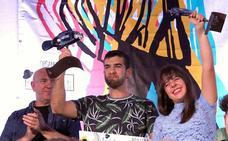 Los premios del concurso 'Sabina por aquí' se fueron para Burgos y Málaga