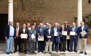 La Casa de Jaén en Granada premia a la Asociación Amigos de la Música de Úbeda