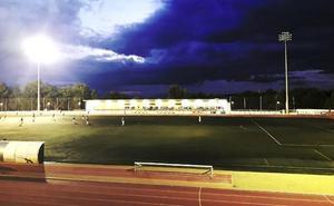 El PP critica el «lamentable» estado del complejo polideportivo 'Antonio Cruz Sánchez'