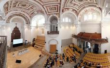 Nuevo aspecto del auditorio del Hospital de Santiago tras su remodelación