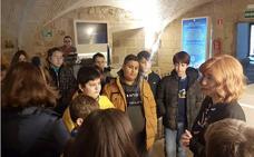 Visitas guiadas y charlas para que los escolares aprendan a valorar, respetar y conservar su patrimonio
