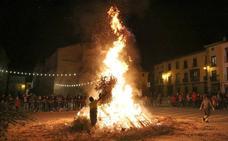 Cinco hogueras iluminarán la víspera de San Antón en Úbeda y cuatro en sus pedanías