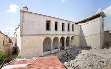 La UNED pide «generosidad y altura de miras» para dar uso al Palacio de Francisco de los Cobos