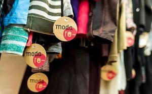 Cáritas abrirá el viernes en Úbeda su tienda de ropa de segunda mano