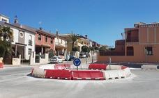 Remodelación de la calle Valdecanales en su encuentro con el barrio de la Atalaya