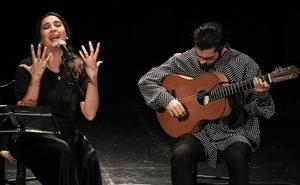 Alba Molina hizo suyo el repertorio de Lole y Manuel