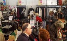 En marcha la tienda de ropa de segunda mano impulsada por Cáritas