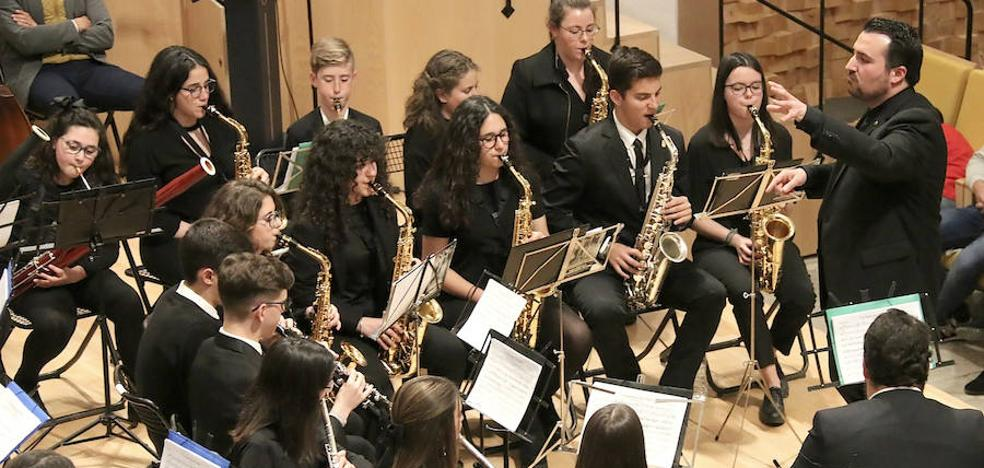 Concierto de música cofrade a cargo de la banda joven de la Agrupación Musical Ubetense