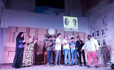 Teatro para reflexionar sobre la situación de los jóvenes de África