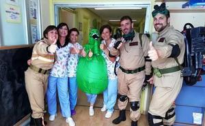 El hospital de Úbeda organiza diversas actividades lúdicas para sus pacientes de Pediatría