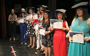 Aprompsi desarrolló su gala de fin de curso con actuaciones y graduación