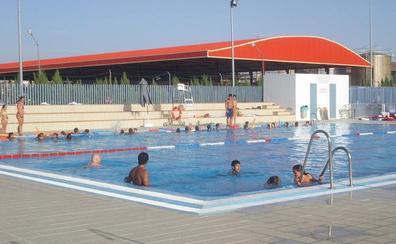 El Ayuntamiento de Úbeda prohíbe la entrada a la piscina municipal a un menor acusado de tocamientos