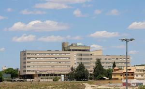 CCOO critica la «sobrecarga» de trabajo que soportan los profesionales del hospital