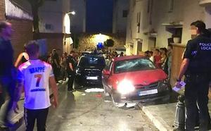 Seis heridos, entre ellos una menor, tras un atropello y diferentes altercados en La Alameda