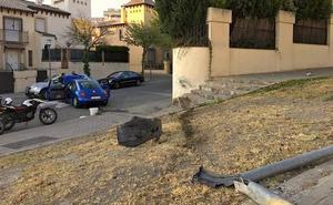 Aparatosa salida de vía entre las calles Cronista Juan de la Torre y Ramón Cuadra Imaginero