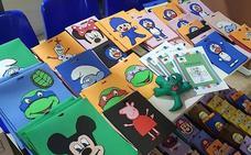 Entregan al hospital de Úbeda 200 fundas decorativas para sueros infantiles