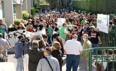 Protesta en el Juan Pasquau por la pérdida de una unidad de Infantil