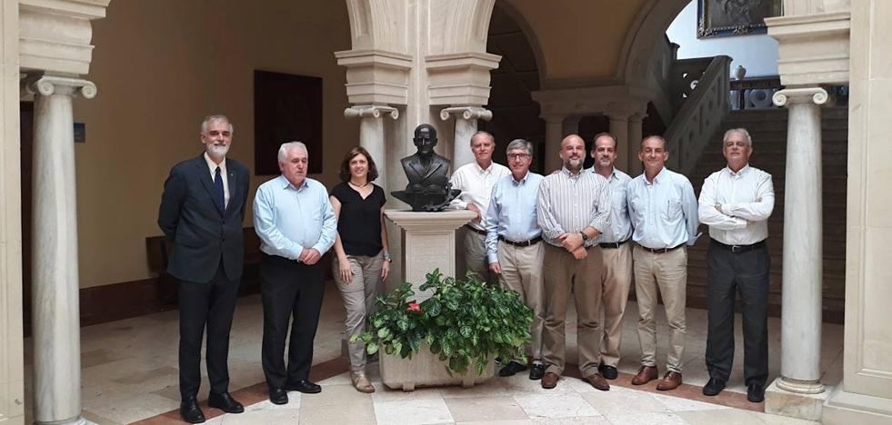 Safa Úbeda reunió a todos los miembros de la junta de Unijes