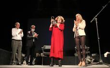 La actriz María José Goyanes recibió el Premio Nacional de Teatro 'Antero Guardia'