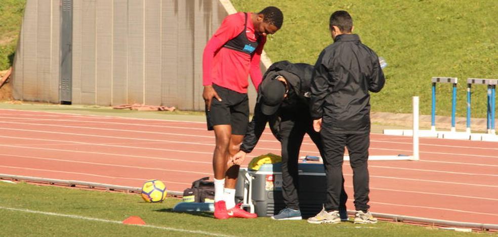 La UD Almería pierde al central Lucien Owona durante un mes