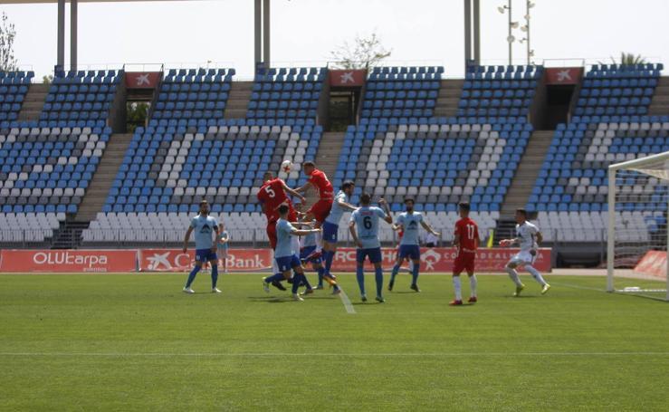 El filial celebra con goles su ascenso a Segunda División B