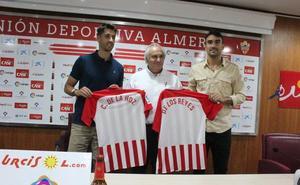 El Almería presenta a De la Hoz y Samu, dos jugadores dispuestos a «crecer y hacer crecer a la UDA»