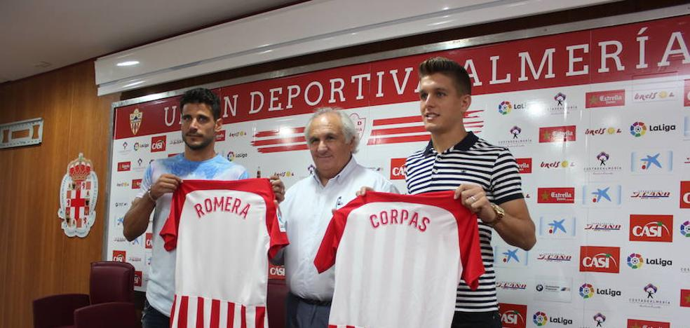 Corpas y Romera vienen al Almería para crecer 'pasito a pasito'