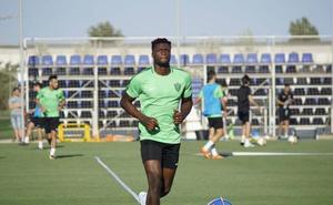 Sekou se gana la confianza de técnico, club y presidente para ser del primer equipo